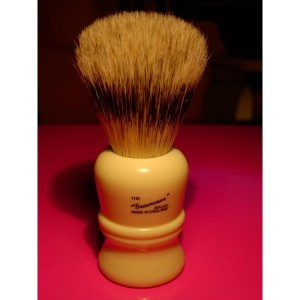 VULFIX 404 'The Grosvenor' BADGER/ BOAR SHAVING BRUSH. Made in England.