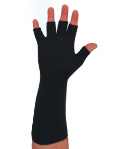 Ussen Baltic half finger glove, with extra long cuffs. Made in UK