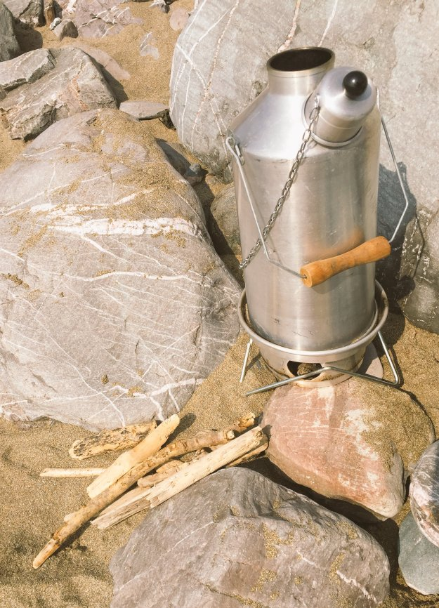 Brews up! Drift wood powered @Ghillie_Kettles on Tregonhawke Beach