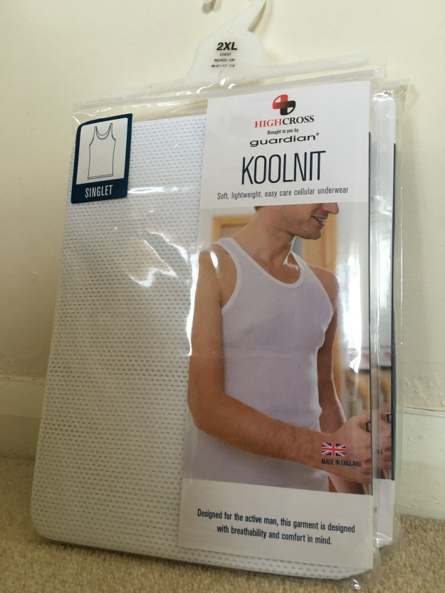 Highcross Guardian Koolnit cellular vest (singlet) 2XL. Made in Enland.