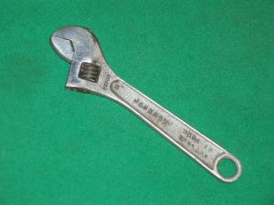 VINTAGE GARRINGTONS Made in England JACKDAW 6 INCH ADJUSTABLE SPANNER (view 2)