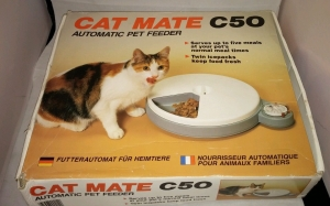 Pet Mate Cat Mate C50 Automatic Cat Feeder. Manufactured in the UK. Front of packaging view.
