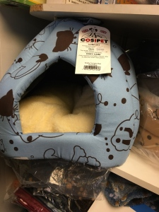 Cosipet Scatty Cat Igloo Bed. Small Blue. Made in the UK.