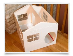 The Kitty Lou Cat Litter House. Made in the UK. View with lid off.