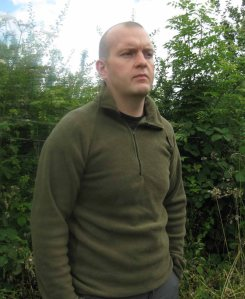 Ussen Otterburn Polar Fleece in Olive. Made in the UK.