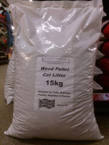 15kg Taylors Wood Based Pellet Cat Litter. Made in the UK.