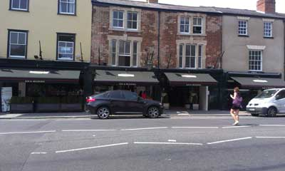 Deans awnings at Browns-Oxford 24.7.13