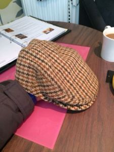 VINTAGE DUNN AND CO TWEED FLAT CAP. Made in the UK (Size 58 7 1/8)