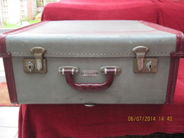 Vintage Foxcroft Suitcase made in England, Foxcroft were later taken over by Antler who now only manufacture abroad.