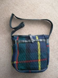 Quality Gunslips tartan wool and leather shoulder bag. Made in the UK.