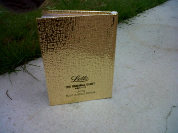 Letts LADYG Ladydate Mini Pocket Diary 2015. Made in Great Britain (rear view).  Photo by author.