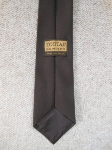 Vintage Tootal tie dark brown. Made in Britain. Label view