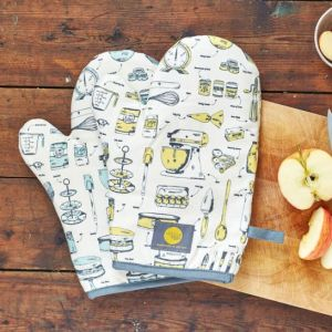 Victoria Eggs Baking Delight Oven Mitt. British made.