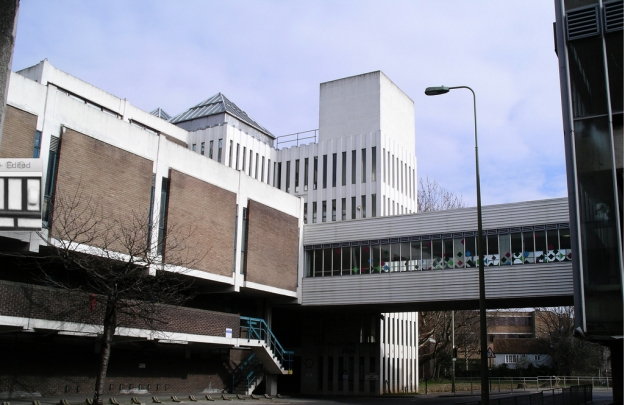 Footbridge connecting muti-storey car park to Westgate Centre, March 2008