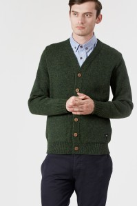 Realm & Empire Chunky Wool Duxford Cardigan | Green (RE0223). 100% Wool. Hand-wash only. Made in England.